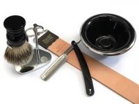 Mühle KOSMO Dachshaar Rasierpinsel Set Angebot Mooreiche