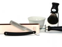 Mühle RYTMO 3-Klingen Nassrasierer Edelharz schwarz Gillette® Mach3® kompatibel